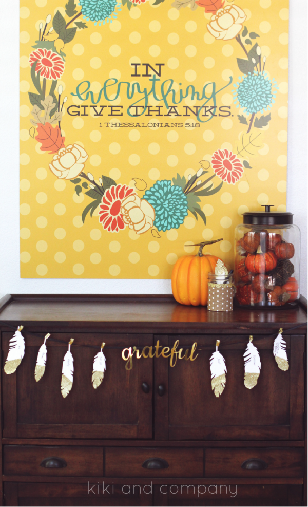 Thanksgiving Feathers free printable from kiki and company. Perfect for Thanksgiving.