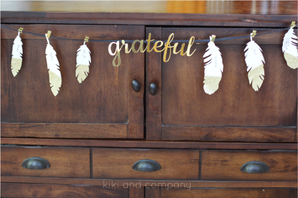 Thanksgiving Feathers free printable from kiki and company. So fun!