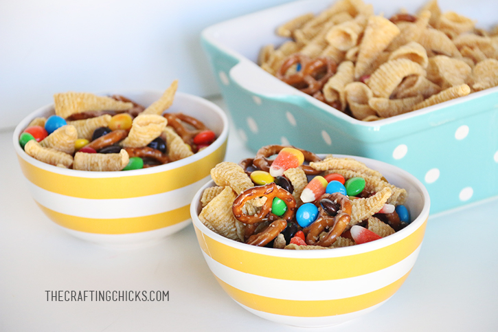 sm thanksgiving snack mix 2
