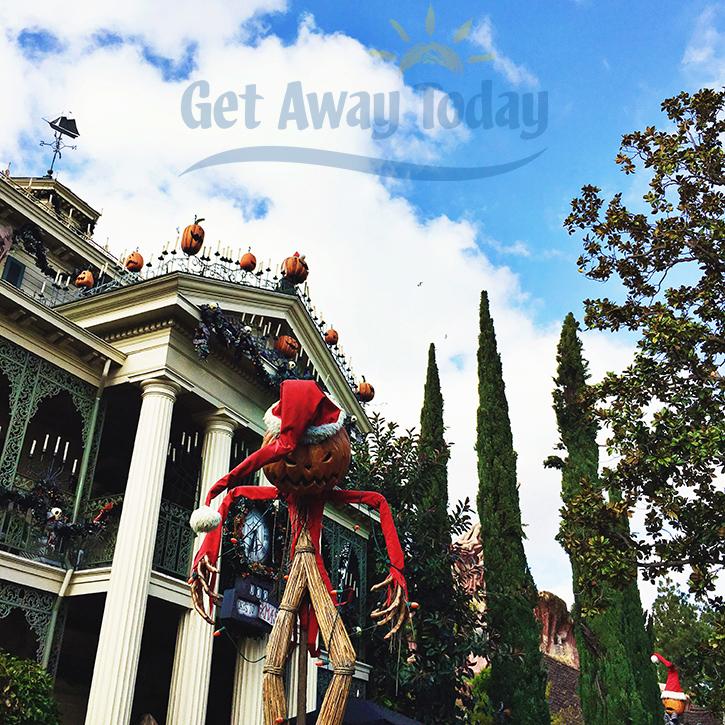 HolidayHauntedMansion