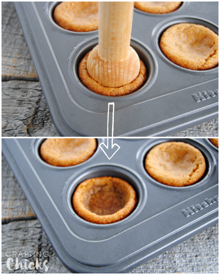Want the perfect cookie cup? Use a tart press to create a shallow well in each cookie. Use this technique for our two ingredient Fluffernutter Cookie Cups!