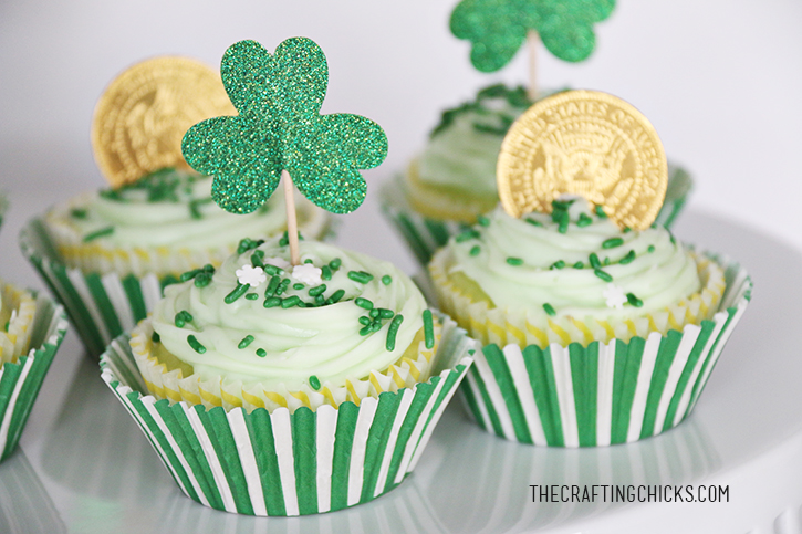 St. Patrick's Day Cupcakes - a yummy treat!