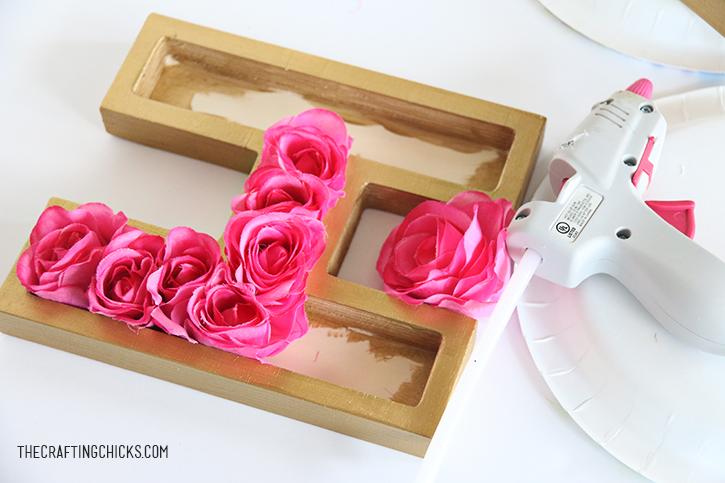 sm floral monogram 10