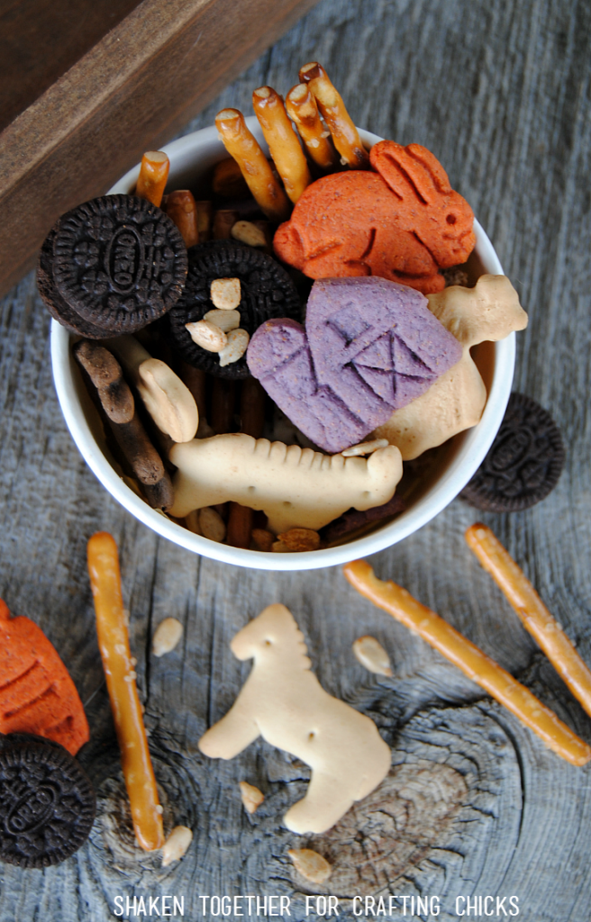 Celebrate all of the fun things founds on a farm with this sweet and salty On the Farm Snack Mix from Shaken Together!