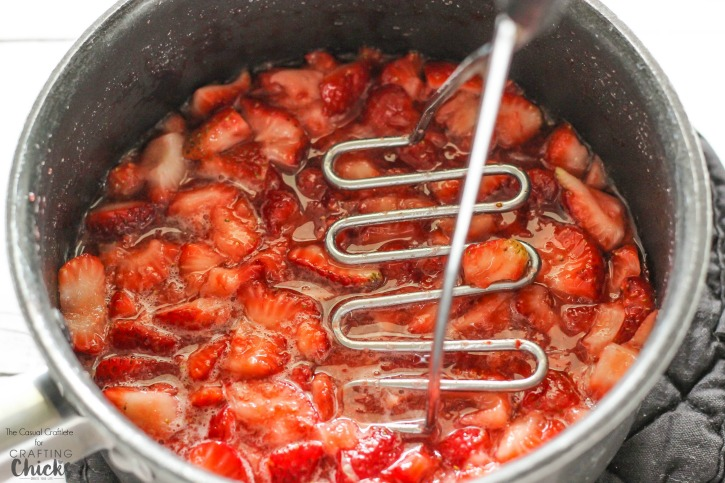 Easiest Strawberry Jam Ever - made with just 3 ingredients, in one pot. This small batch, no-pectin strawberry jam is delicious and super easy to make!