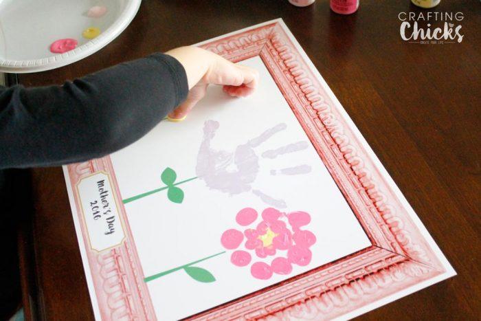 mothers-day-hanprints