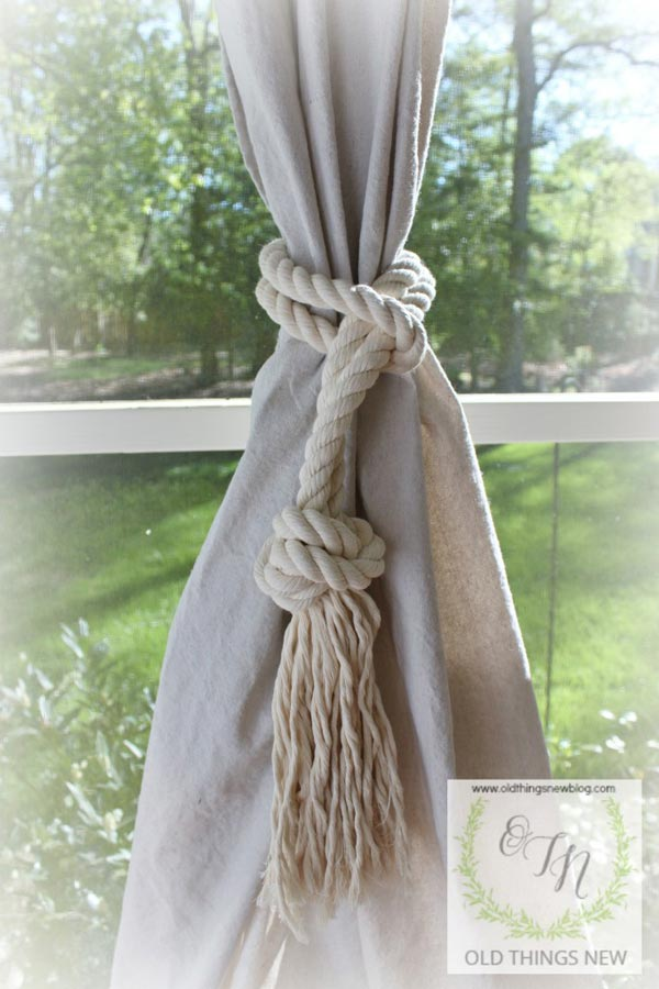Drop Cloth Porch Curtains - Love this simple privacy solution!