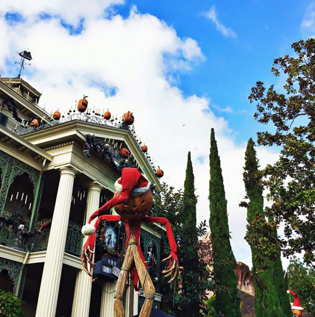 When to go to Disneyland Haunted Mansion Holiday