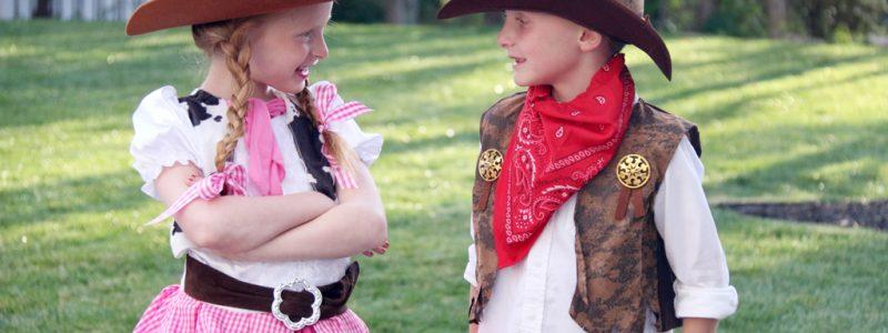 Boy Girl Twin Costume Idea-Cowgirl and Cowboy