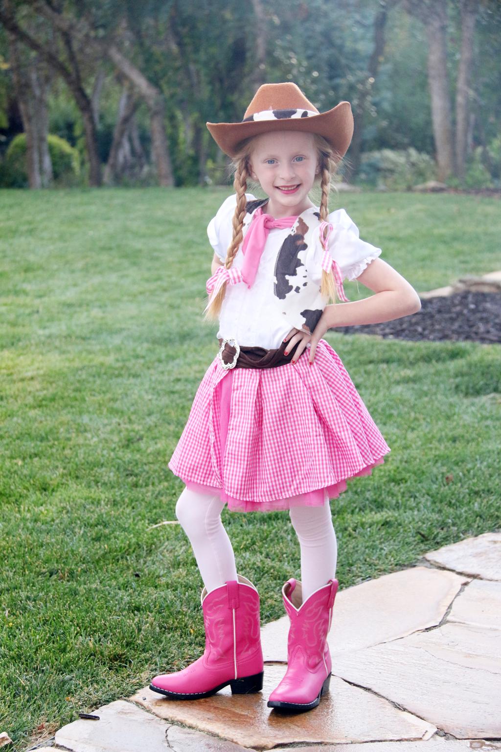 cc-hallie-cowgirl