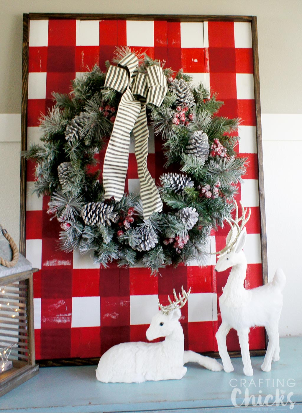 DIY Buffalo Plaid Wooden Plank Display | Christmas Decor | Home Decor | Christmas Craft