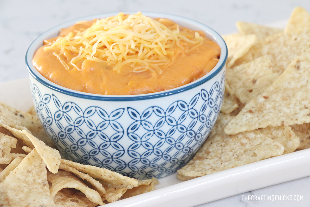 Easy Queso Dip Recipe | Family Favorite | Great appetizer for parties!