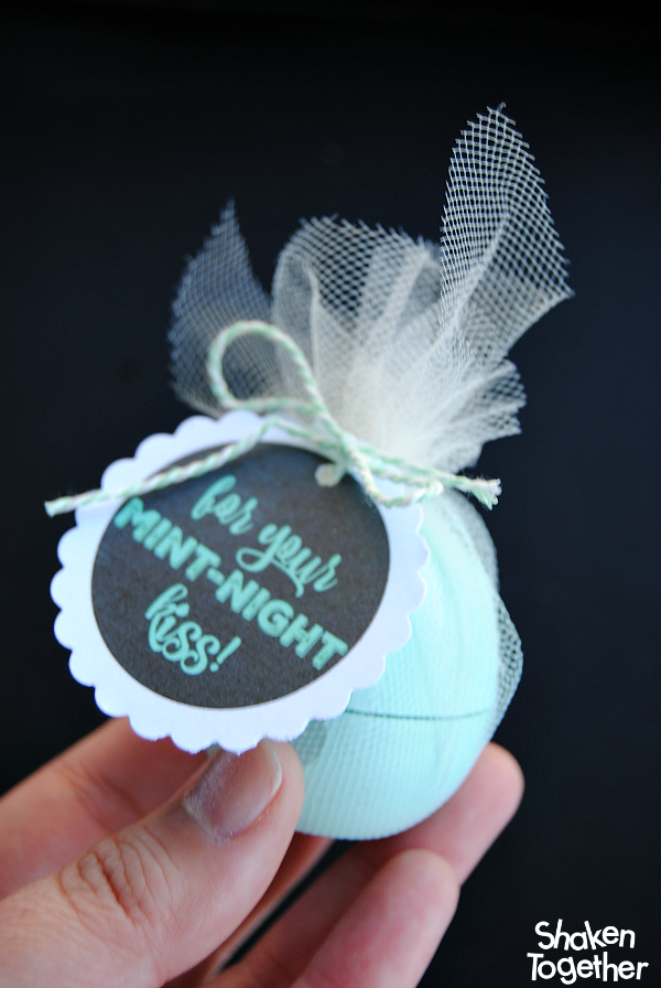 Mint-Night Kiss New Year's Eve EOS Gifts from Shaken Together