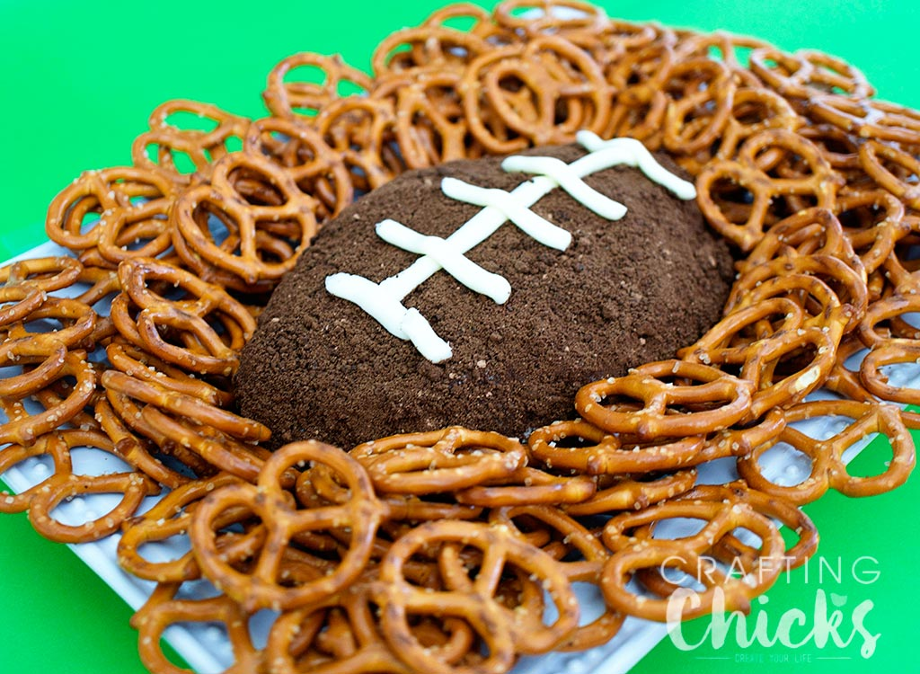 Cookies and Cream Football Dip Recipe. Sweet Superbowl treat. Can be served with pretzels or Nilla Wafers.