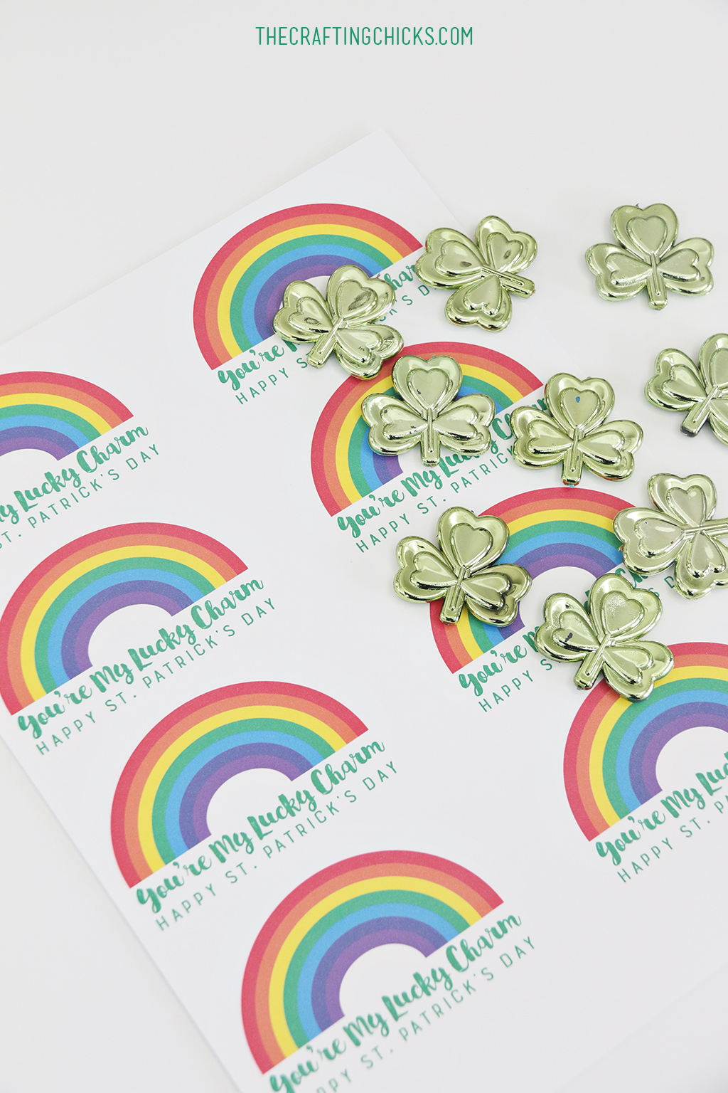 Lucky Charm Printable - Just attach a treat or gift, or slip in a lunch box! A fun St. Patrick's Day gift!