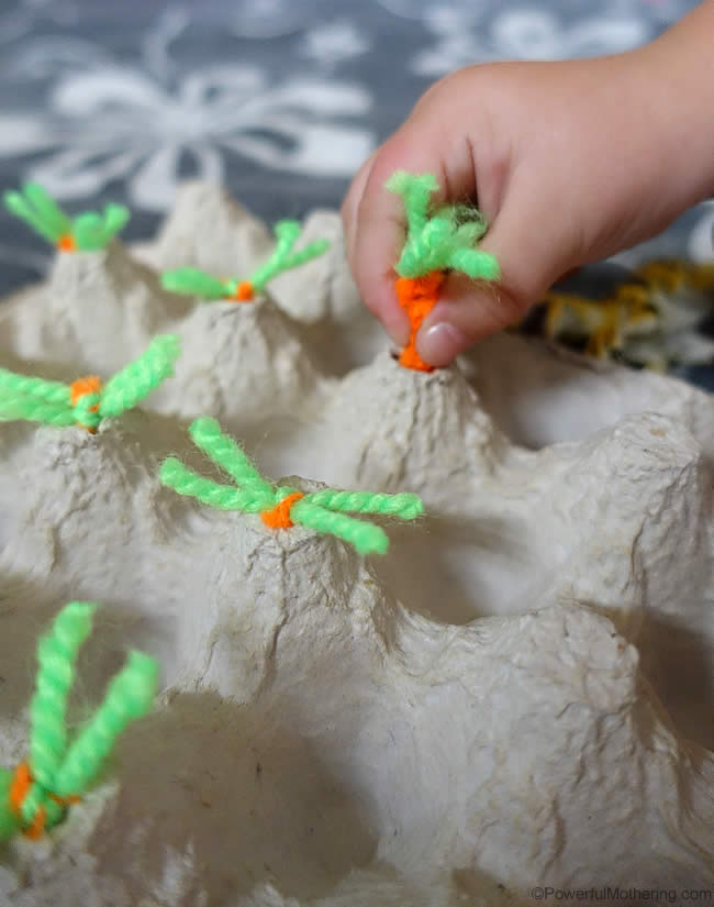 Garden Kids Crafts and Activities | Bug Garden, Elevated Garden Box for Kids, Felt Play Garden, and DIY Terranium.  Fun activities for kids this summer!