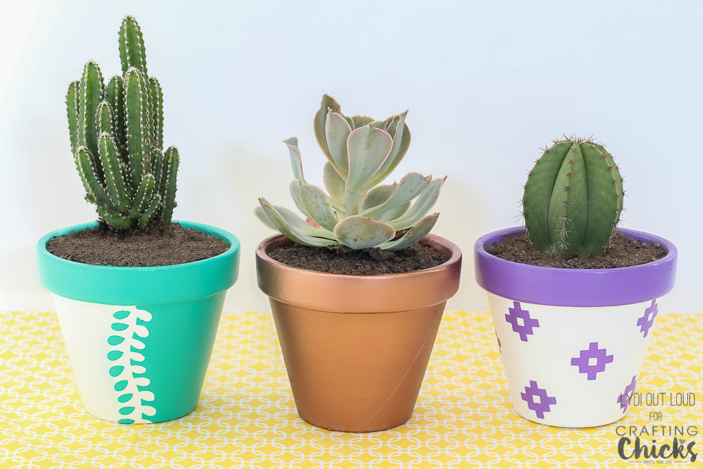 Vibrant Summer Clay Pots for Planting | Add a pop of color to your garden with just a few inexpensive clay pots and some outdoor paint!