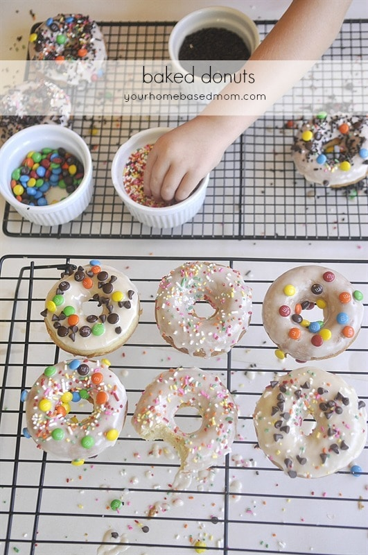 Cooking with Kids | Let your kids help in the kitchen with these easy recipes and fun kids activities.  Print a kids cookbook for their very own!