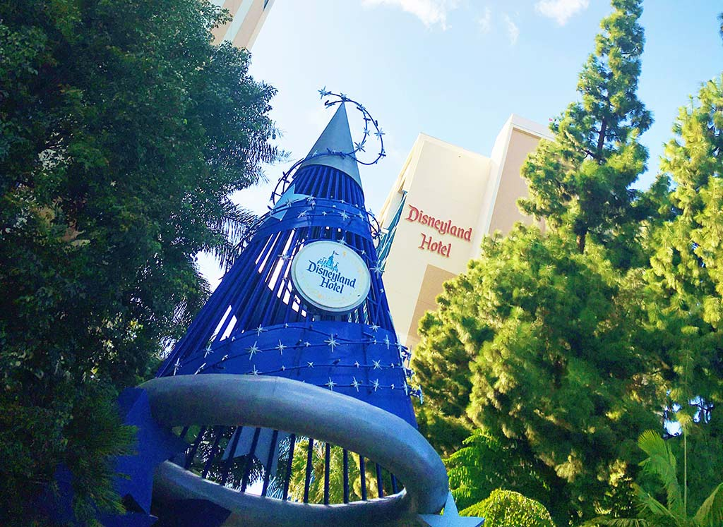 Reasons why you should stay at a Disneyland Resort Hotel | There are 3 different on-site hotel properties. Each has its own unique charm and attractive benefits, pick the one that works best for you and your family.