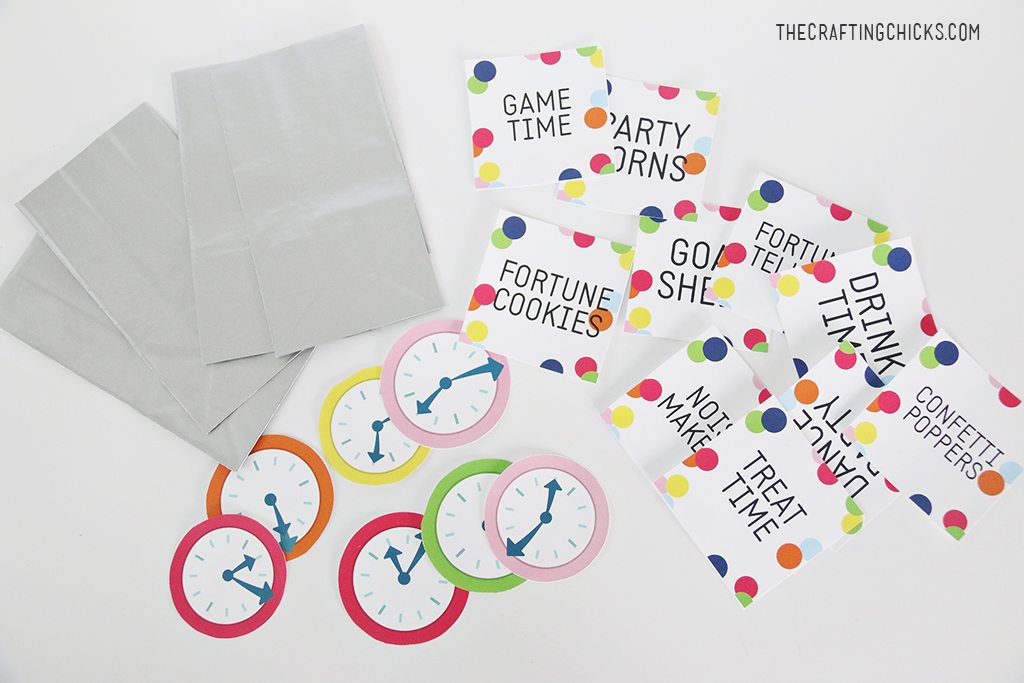 New Year's Eve Kids' Countdown Bags Supplies you will need.