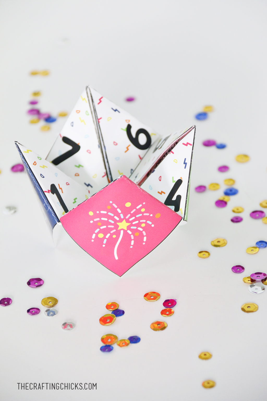 New Year's Eve Fortune Teller Printables. Fun for kids of all ages.