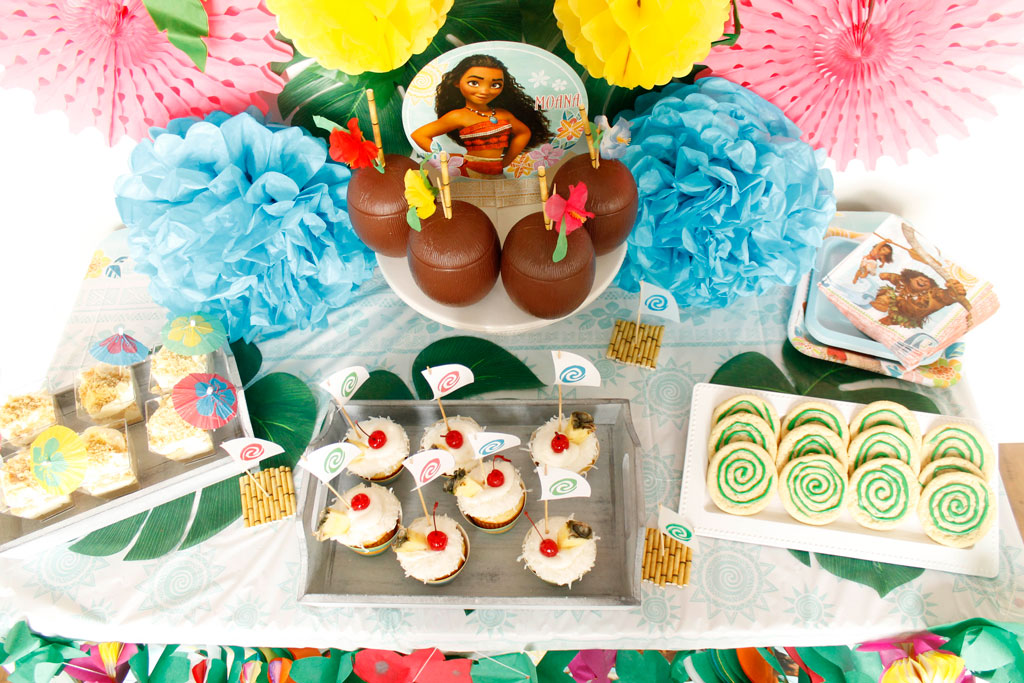 Hawaiian Themed Birthday Cake Ideas