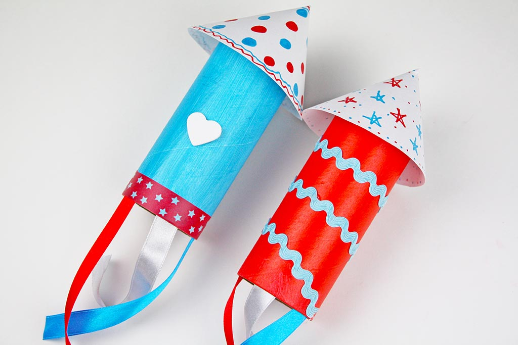 Craft Roll Rockets Craft for Memorial Day | Celebrate and decorate for Memorial Day with our easy craft roll rockets! Kids craft