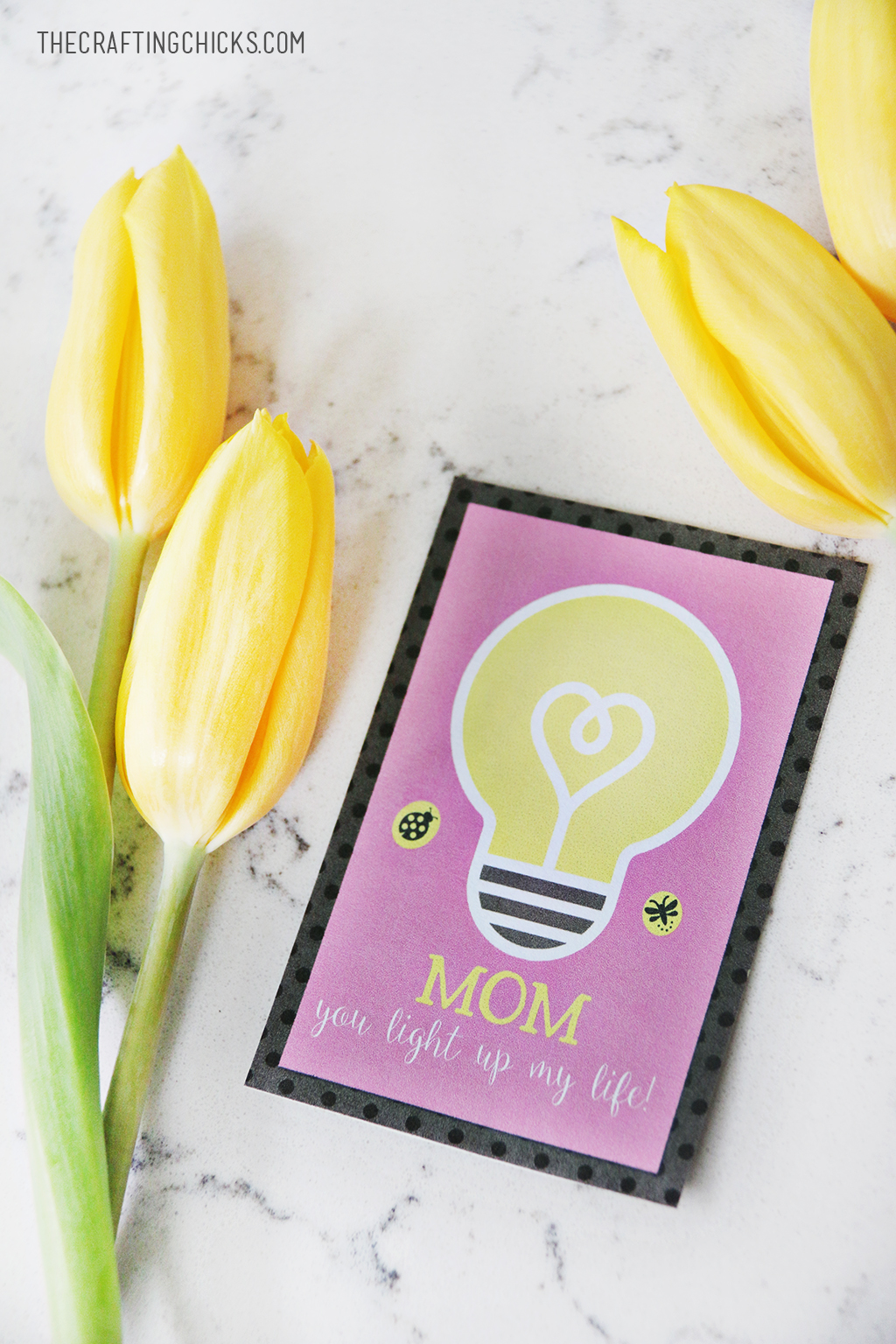 Free Mother's Day Printable Tags for Mother's Day, Attach these cute tags to any gift for Mother's Day!