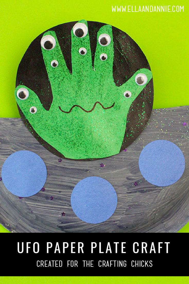 UFO Paper Plate Kids Craft | A fun space activity for kids. Preshoolers will love making their own alien spacecraft! #kids #craft #activity #preschool #space #ufo #paperplate