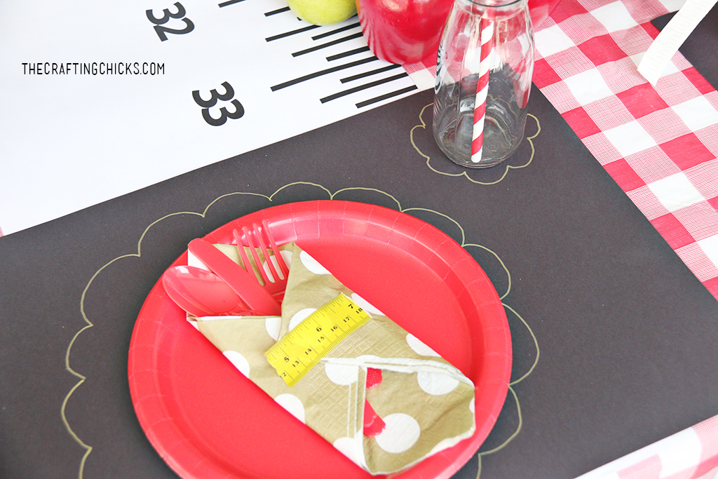 Back to school place setting for back to school party