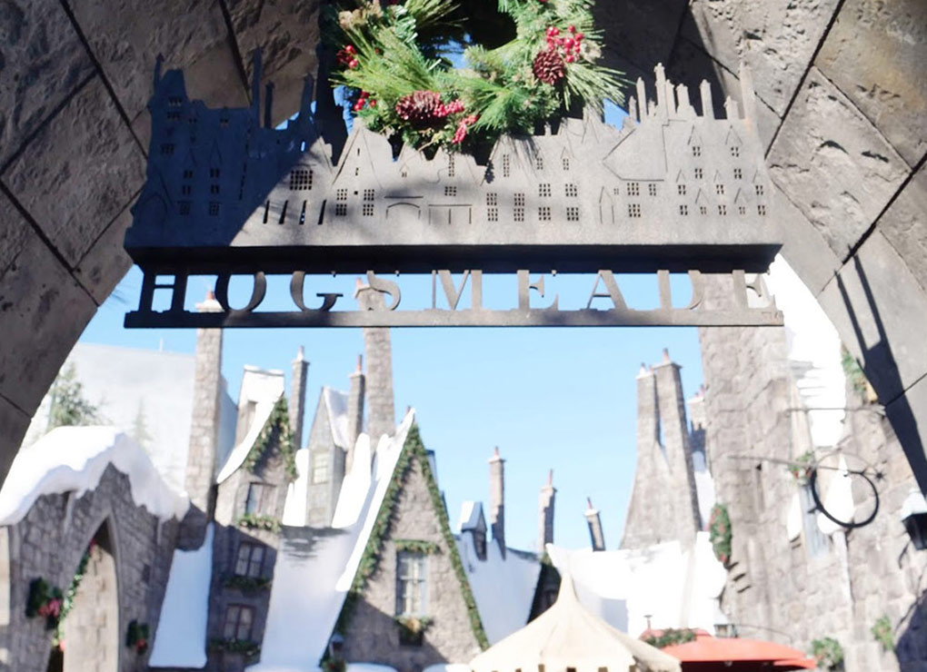 Hogsmeade during the Holidays at Universal Studios Hollywood