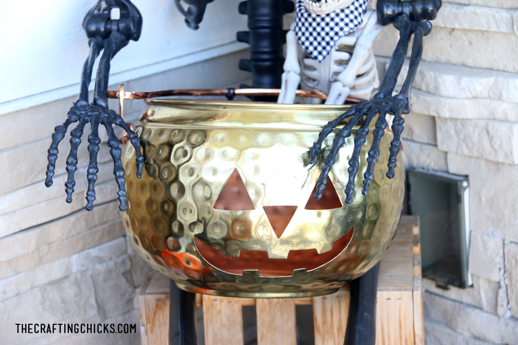 Copper Jack o Lantern for cute and spooky halloween porch