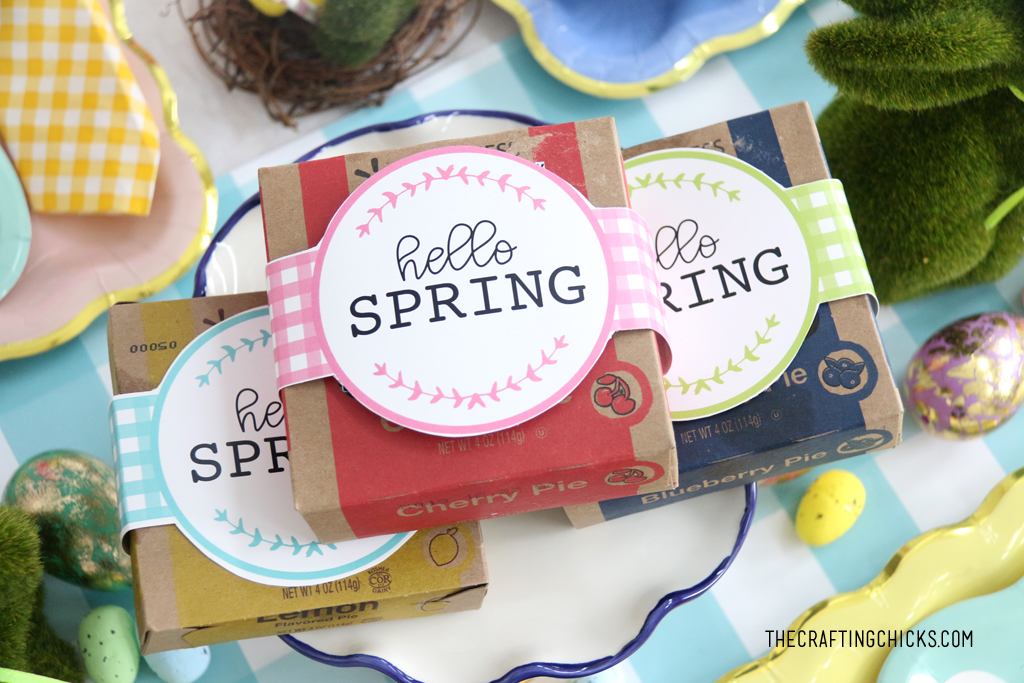Hello Spring Printable labels for mini pie boxes.