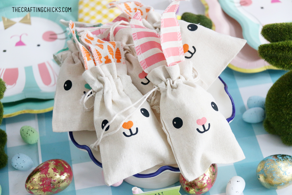 Cute bunny canvas bags for treats.