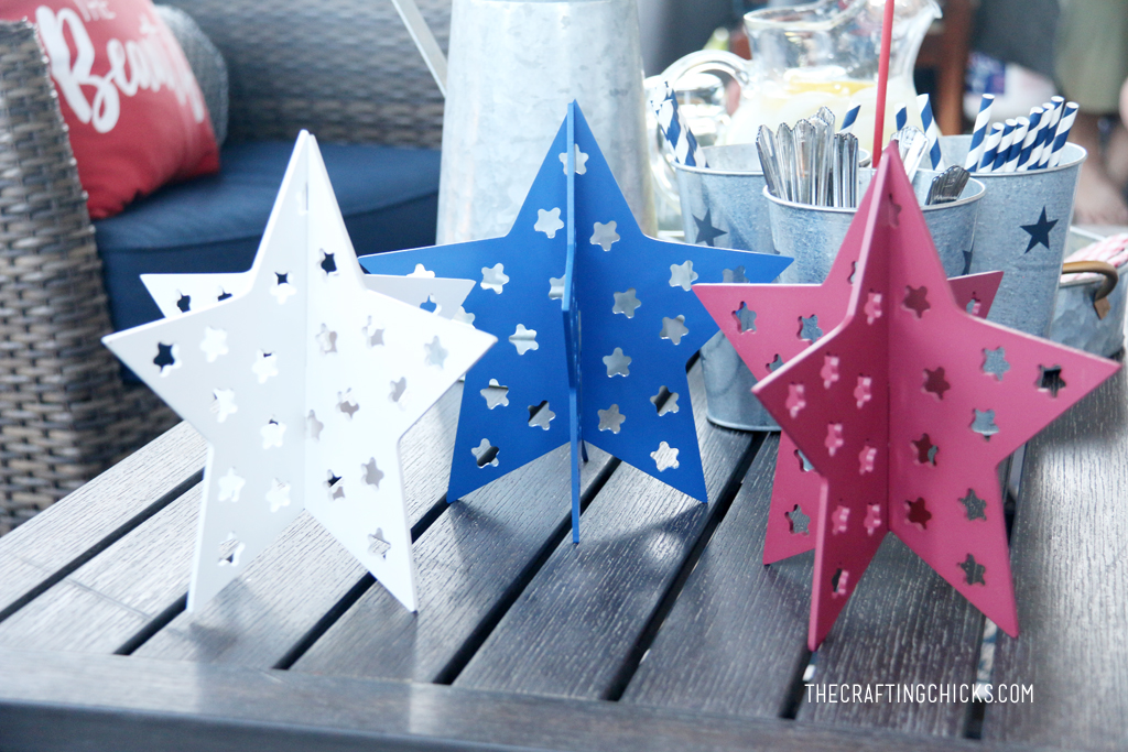 White, blue and red slotted stars as patriotic decor.