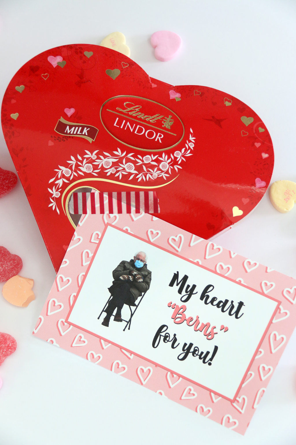 "My Heart ""Berns"" for you Free Valentine Gift Tag taped to Lindt Lindor Chocolates"